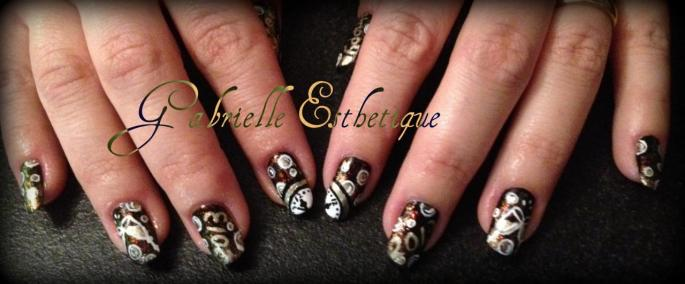 Nail art nouvel an