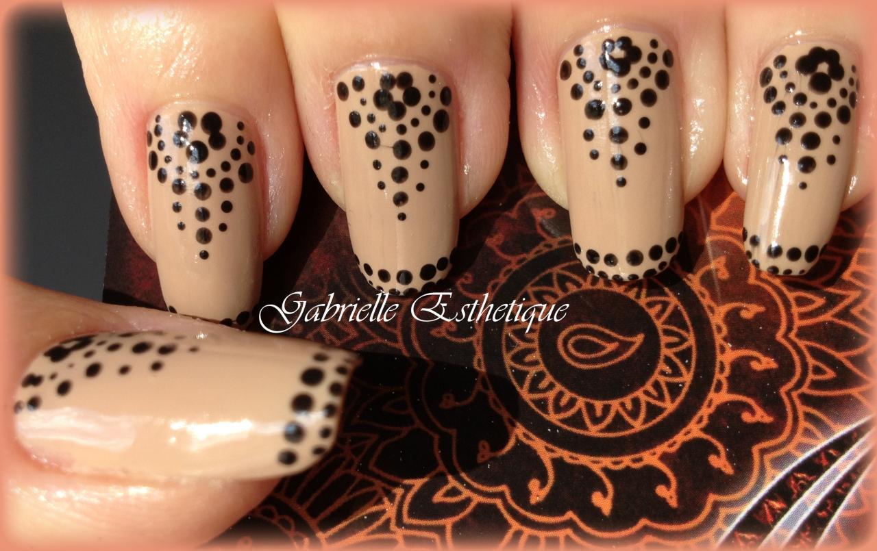 Nail Art un peu orientale