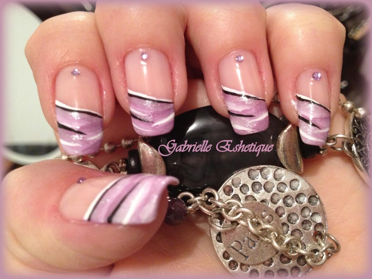 nail art french violet one stoke