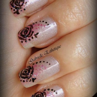 Nail Art fleur (roses) facile