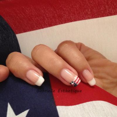 Vernis semi permanent ILAK en French classique et drapeau americain