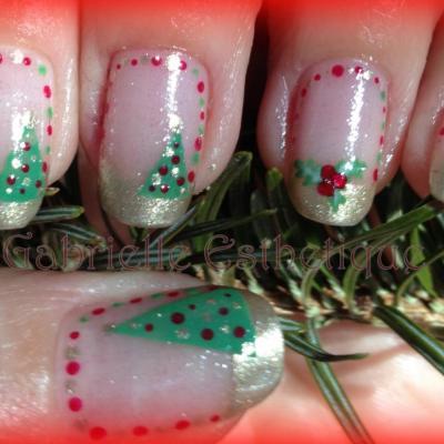 Nail Art Noel avec petits sapins // Christmas tree Nail Art